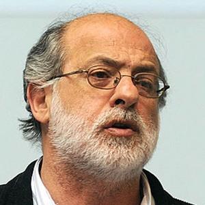 Daniel Abugattas Headshot