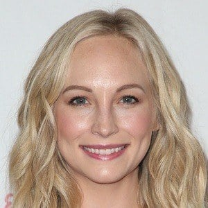 Candice King 1 of 9