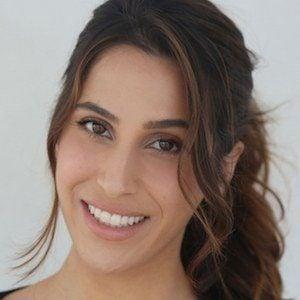 Donna Adi