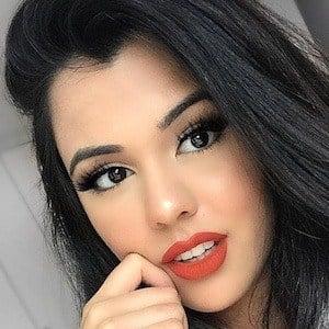 Natasha Afzal 1 of 6