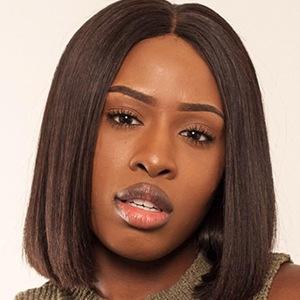 Hannah Agboola 1 of 6
