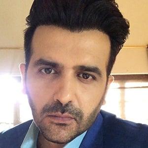 Hasan Ahmed 1 of 6