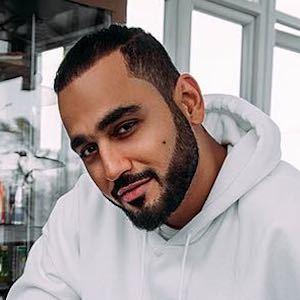 Marwan Parham Al Awadhi 1 of 7
