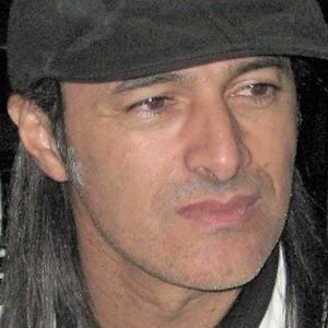 Carlos Alcántara Headshot