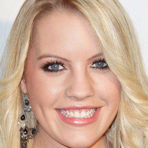 Kristen Alderson 1 of 8