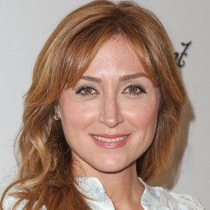 Sasha Alexander 1 of 10