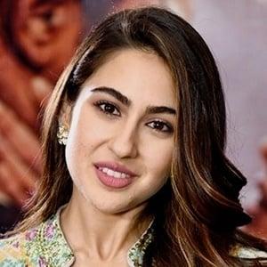 Sara Ali Khan Headshot