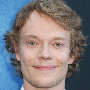 Alfie Allen 1 of 3