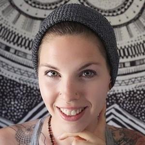 Amber Allen 1 of 8