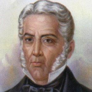 Juan Alvarez Headshot