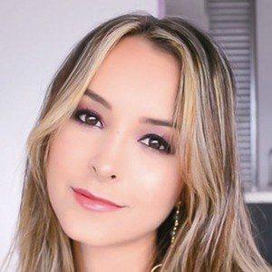 Sara Alzate 1 of 5