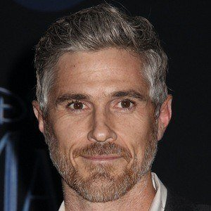 Dave Annable 1 of 5