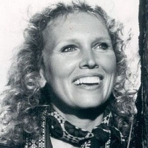 Susan Anspach Headshot