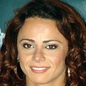 Viviane Araujo Headshot
