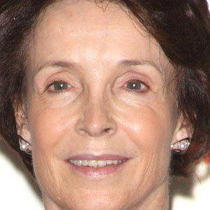 Mary Archer Headshot
