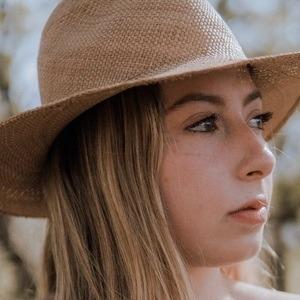Daniela Arredondo Headshot 1 of 10