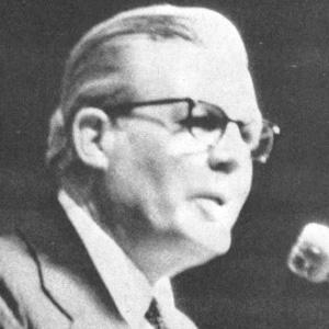 Leonard J. Arrington Headshot