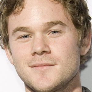 Aaron Ashmore 1 of 3