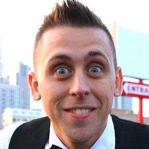 Roman Atwood earned a  million dollar salary - leaving the net worth at 1 million in 2017