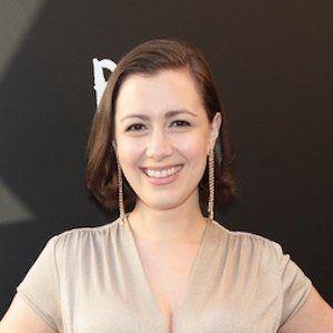 Whitney Avalon Headshot