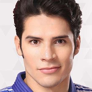 Eduardo Ávila 1 of 4