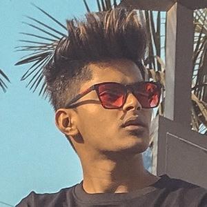 Ayush Mehta 1 of 7