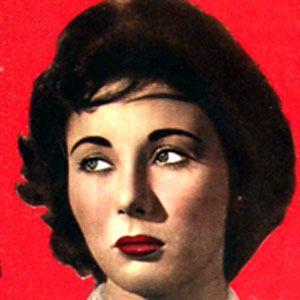 Lobna Abdel Aziz Headshot