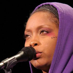 Erykah Badu Bio Facts Family Famous Birthdays