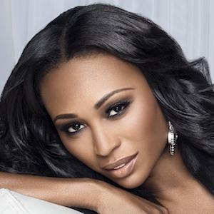 Cynthia Bailey 1 of 5