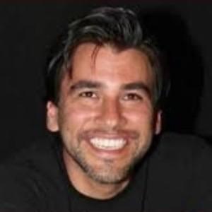 Mauricio Barcelata Headshot
