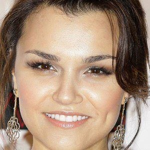Samantha Barks 1 of 10