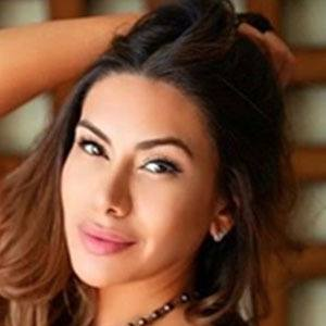 Nadia Barrientos 1 of 5