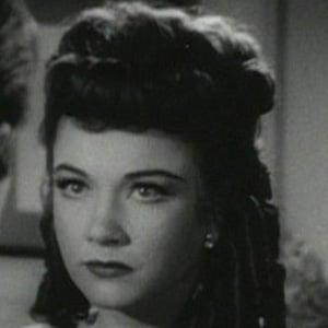 Anne Baxter 1 of 4