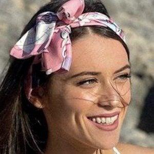 Caitlin Beadles 1 of 10