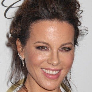 Kate Beckinsale 1 of 10