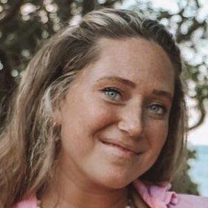 Lauren Beeston 1 of 6