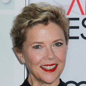 Annette Bening 1 of 10