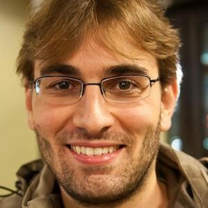 Eduardo Benvenuti Headshot