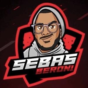 Sebastián Beron Headshot