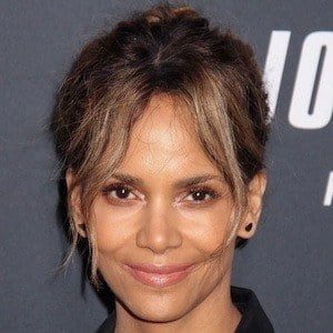 Halle Berry 1 of 10