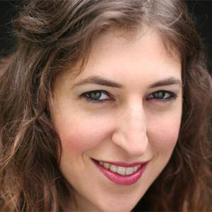 Mayim Bialik 1 of 9