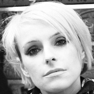 Sarah Blackwood Headshot