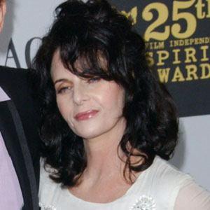 Lisa Blount Headshot