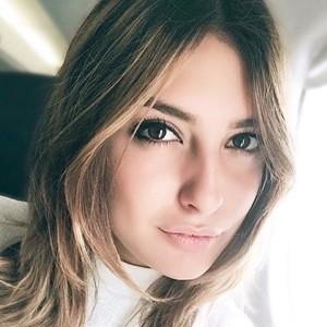 Karin Bonucci 1 of 6