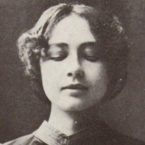 Harriet Bosse Headshot