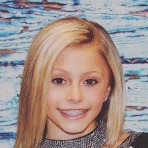 Emily Bott 1 of 5