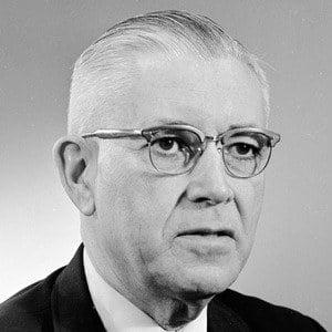 Robert W. Briggs