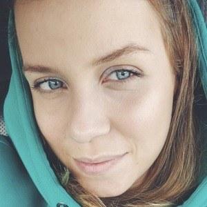 Polina Bright Headshot