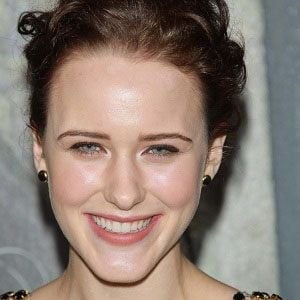 Rachel Brosnahan 1 of 10