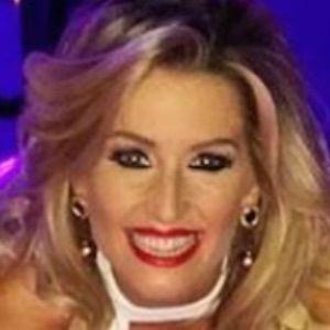 Leanne Brown Headshot